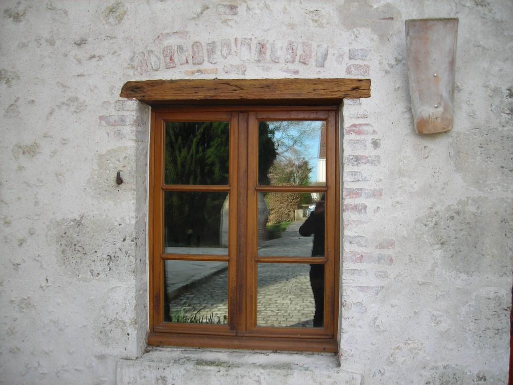 R novation ou cr ation d 39 ouvrages en pierre ou en briques for Entourage de fenetre en pierre